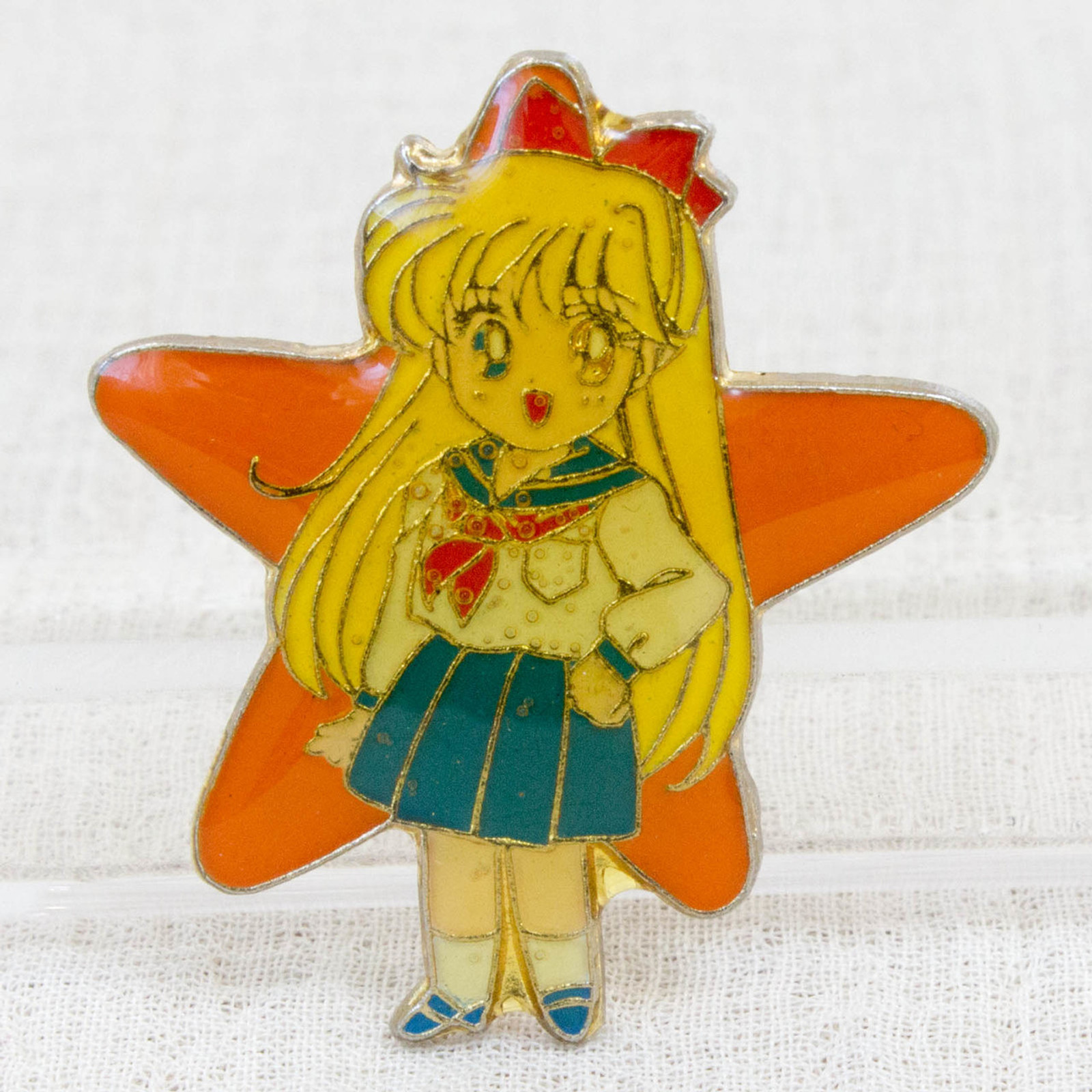 Sailor Moon Minako Aino (Sailor Venus) Metal Pins Badge JAPAN ANIME 1