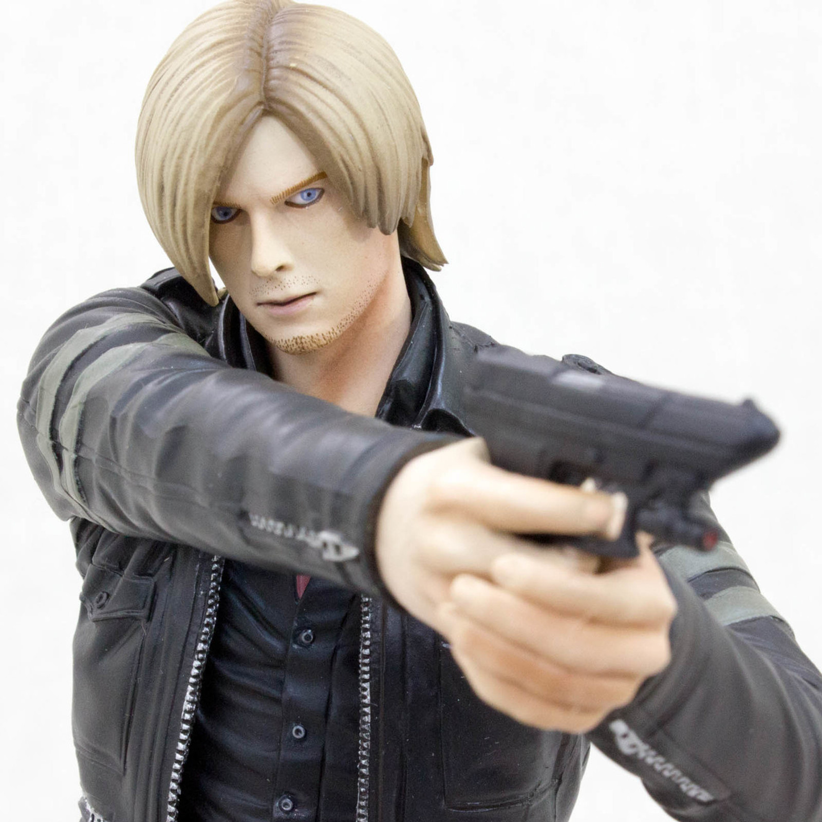 RESIDENT EVIL Biohazard Leon S. Kennedy Capcom Figure Builder JAPAN GAME