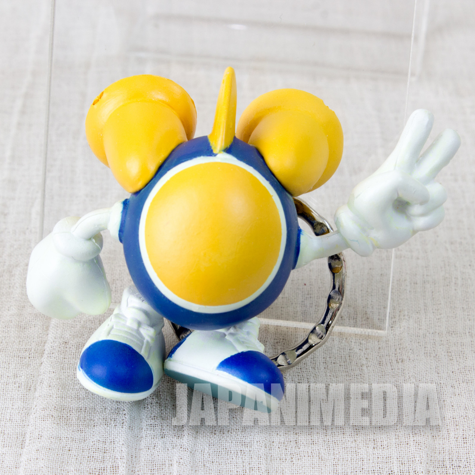 RARE! TwinBee Figure Key Chain Konami JAPAN GAME FAMICOM NES