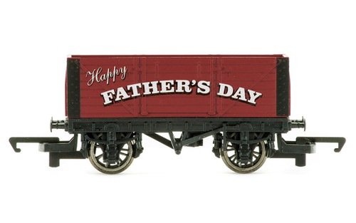 Hornby Fathers day Plank Wagon