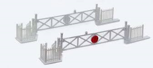 Peco Level Crossing Gates with Wicket Gates and Fencing