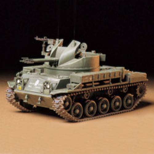 M42 Duster With FIgures