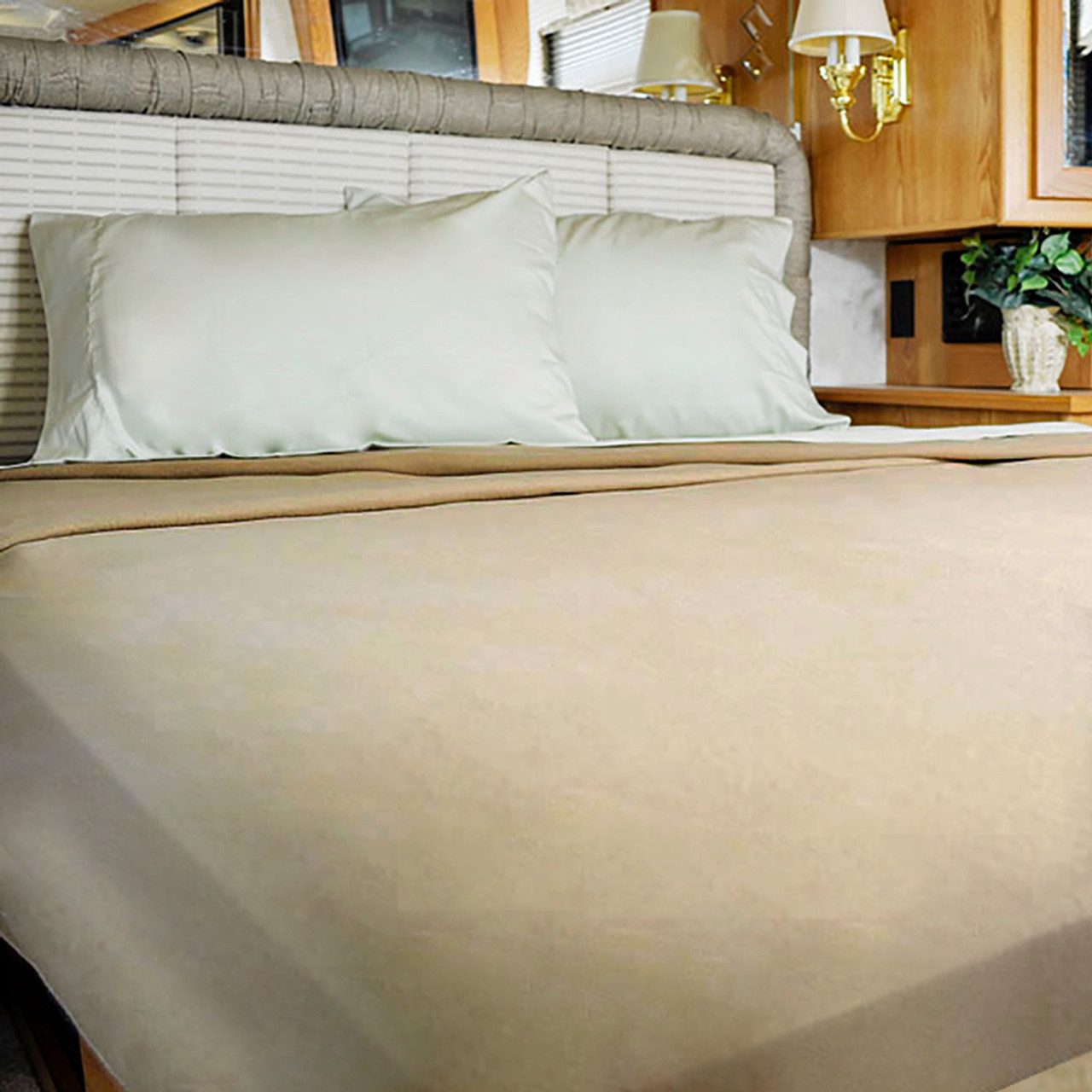 Picture of: Ab Lifestyles Quality Bedding For Airstream Rv Sheets Mattresses Bedspreads Comforters Pillows Blankets Towels Gifts
