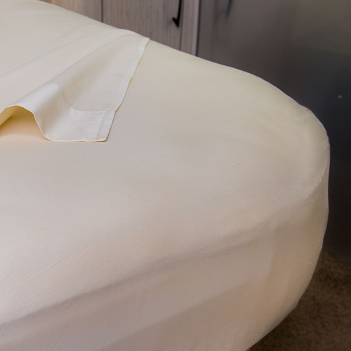 Sheet set for Airstream with NoTuck® Top Sheet