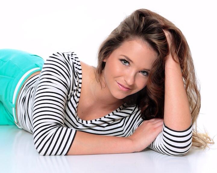 Olivia Hamm model