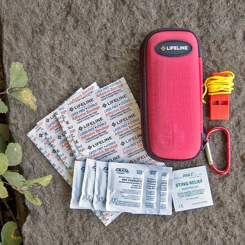 Lifeline Small First Aid Kit 30 Pieces