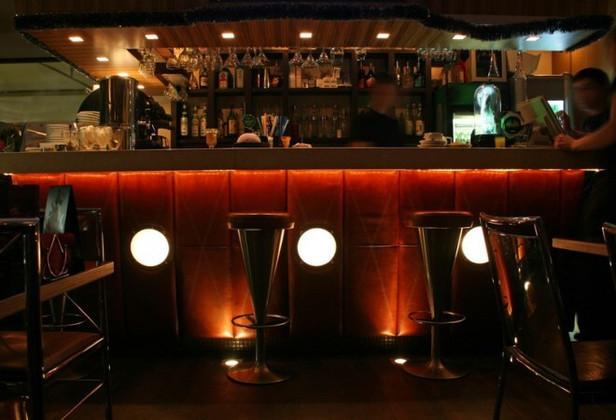 LED Rope Light Basics for Bars and Restaurants