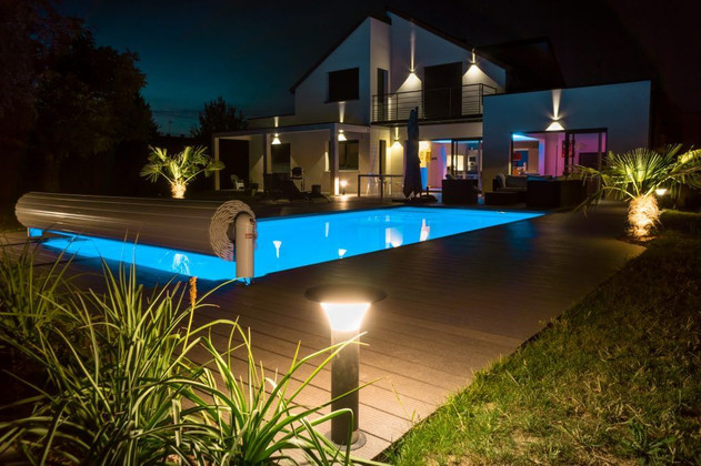 The Ultimate Guide to LED Garden Lighting