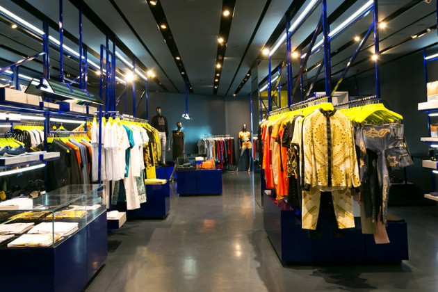 How to Use Retail Lighting to Boost Sales