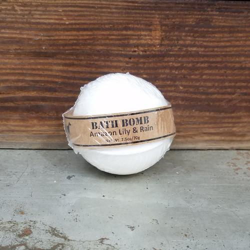 Amazon Lily & Rain Bath Bomb