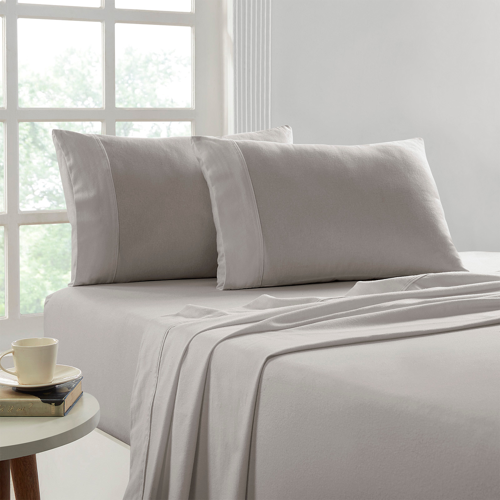 Egyptian Cotton Sheet Set Flannelette 175GSM -  Colour Graphite  Soft and snug these sheets take out the cold shock of jumping into bed during winter nights. Warming in minutes and staying warm all night with total comfort of 100% Egyptian Cotton therefore keeping you fresh and comfortable sweat free. Luxury 100% Egyptian cotton woven into quality 175 GSM Brushed cotton construction , these sheets are your perfect winter sheets.