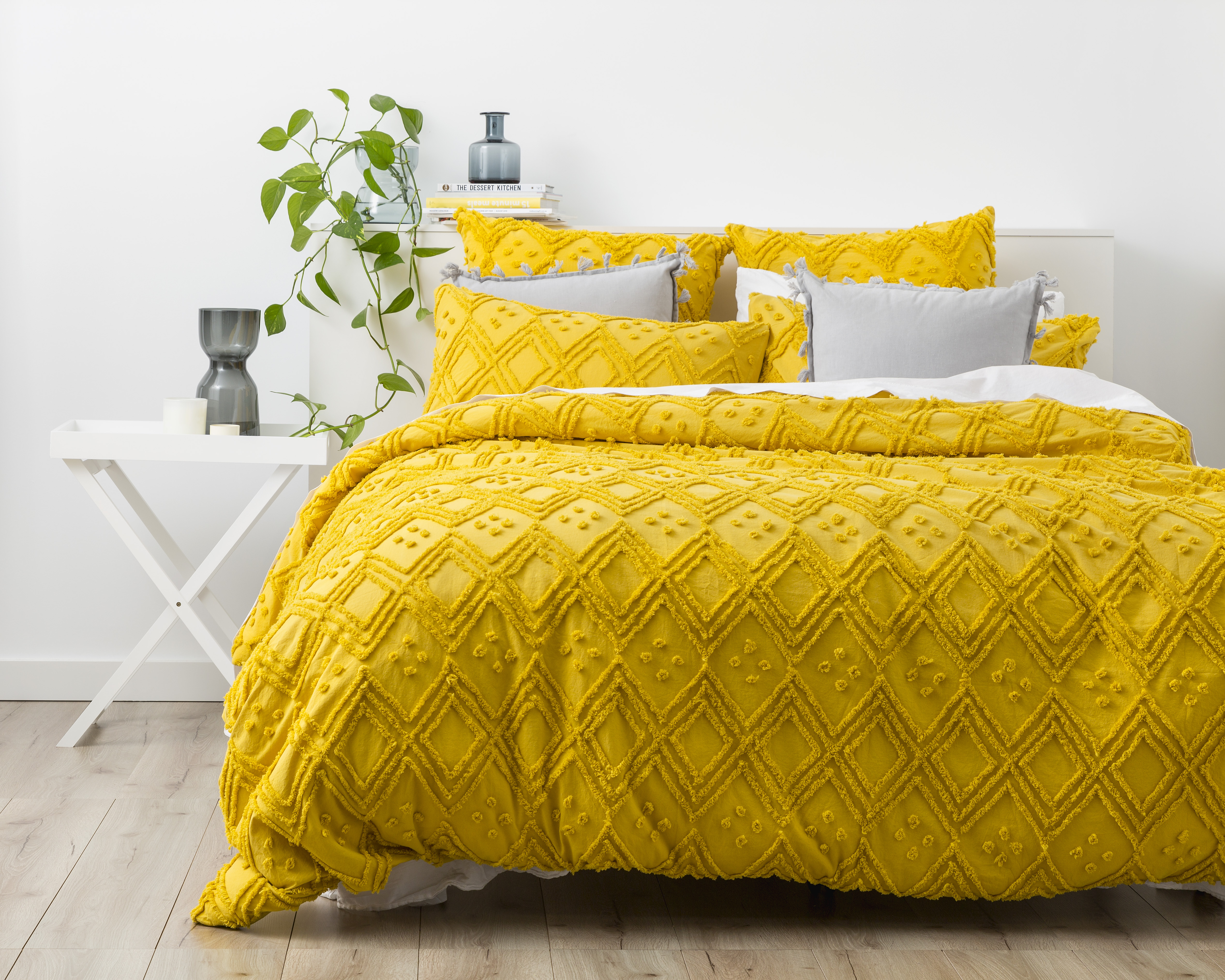 Park Avenue Medallion Tufted Quilt Cover Set | Misted Yellow