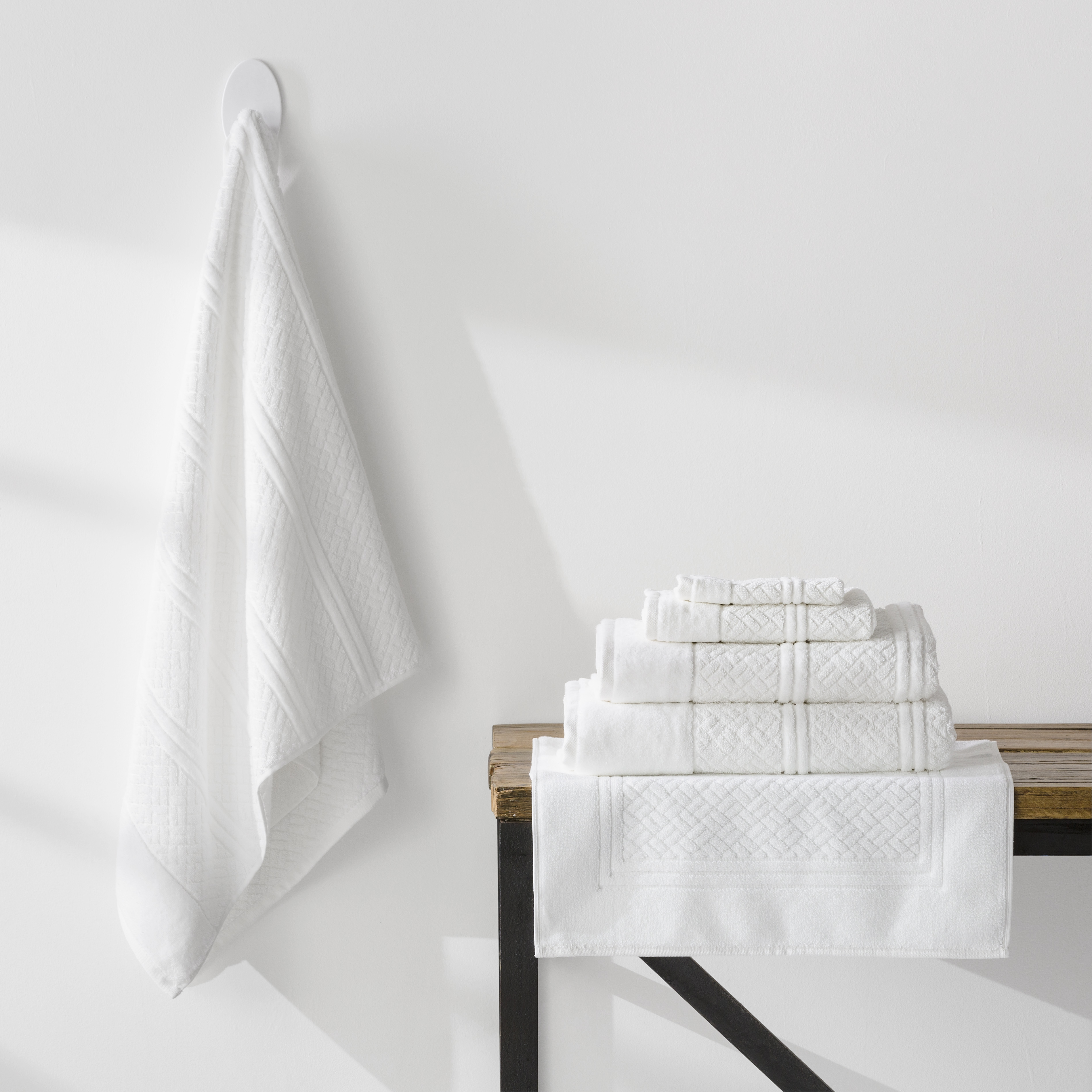 7 Piece Turkish Cotton Towels Jaquard  Weave | White