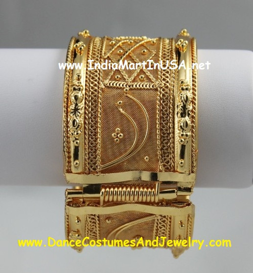 Bangle Golden 1.5 inch wide