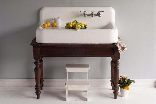 The Whitney Farmhouse Sink