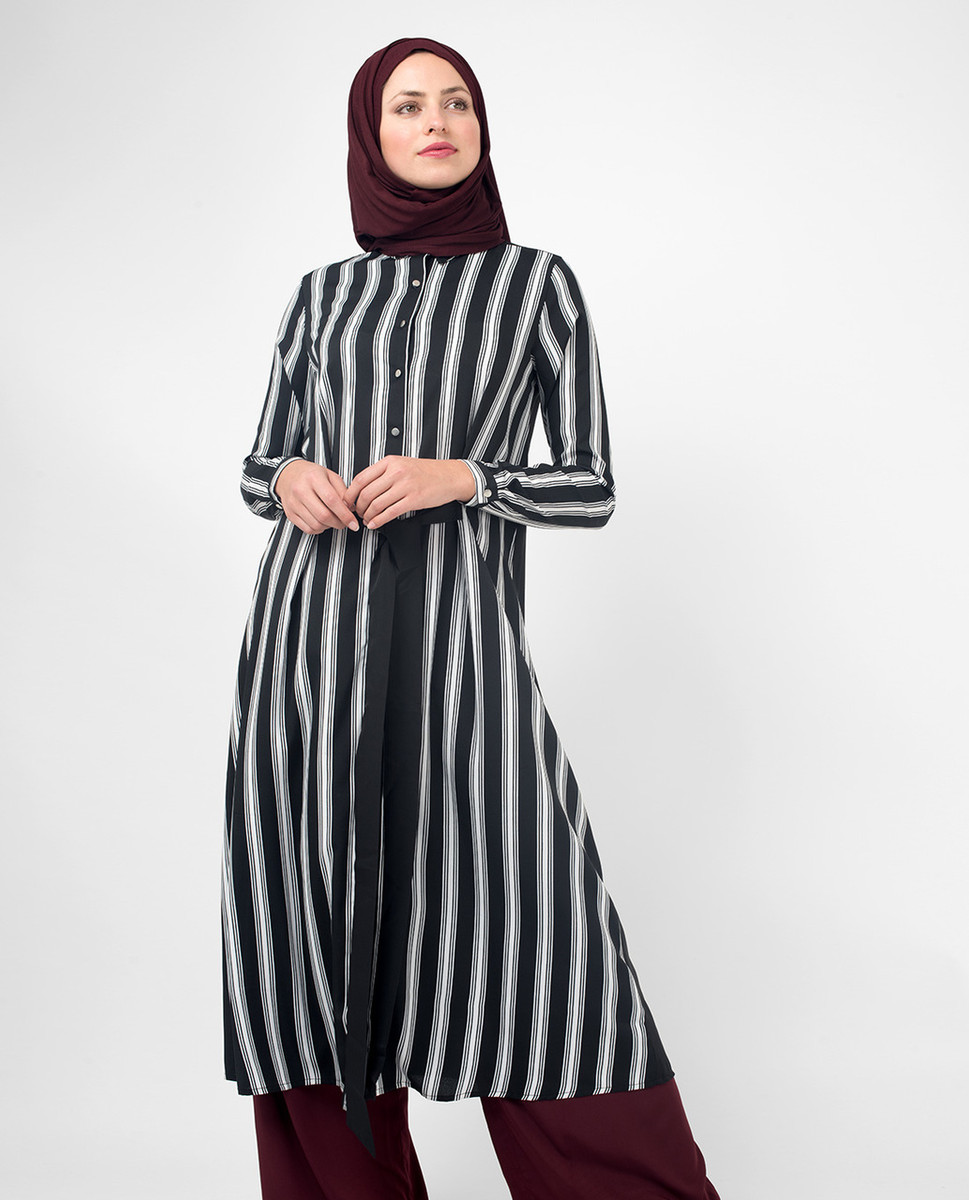 a87044a5aab Black   White Long Modest Shirt Dress