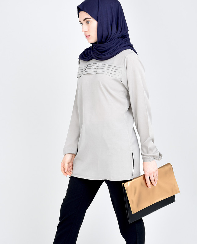 Light Grey Crepe Top (Petite)