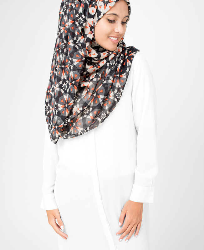 Nine Iron  Hijab