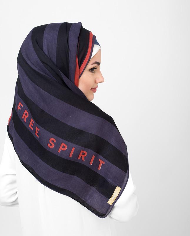 Rose Of Evening Red Balck Viscose Print Hijab