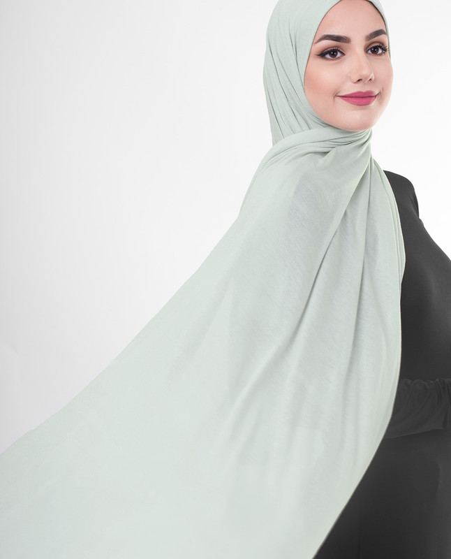Emerald green hijab scarf