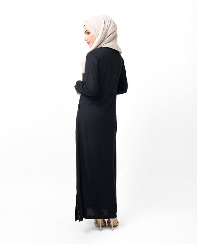 modern abayas and jilbabs