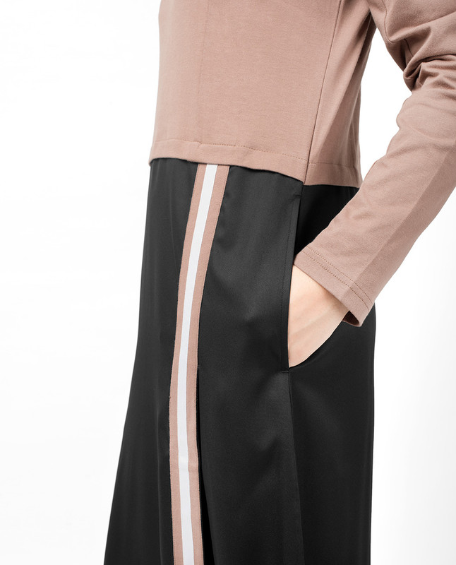 Black & Brown Contrast Stripe Jilbab