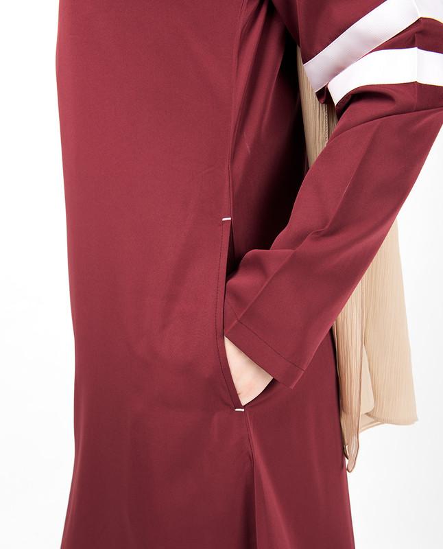 Ruby Red Curved Hem Jilbab