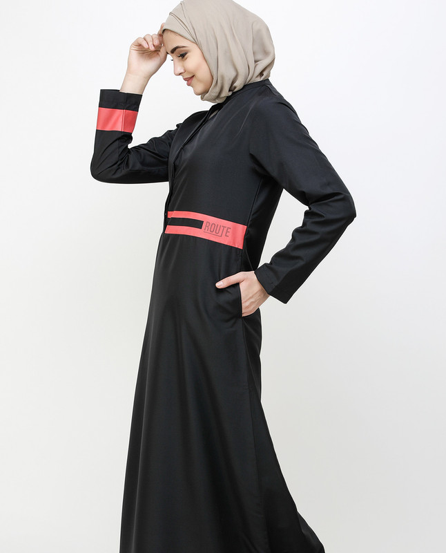 Off Center Black Placket Jilbab