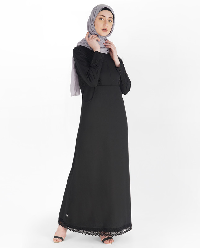 Midnight Black Laced Edge Abaya