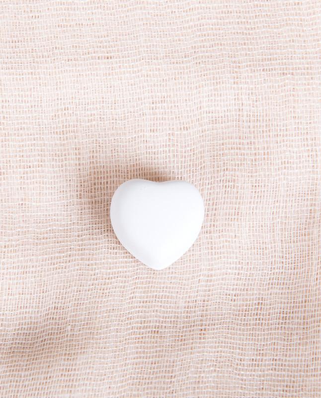 White Matte Heart Shaped Hijab Magnets