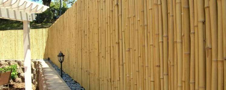 natural-bamboo-fencing-outdoor-back.png