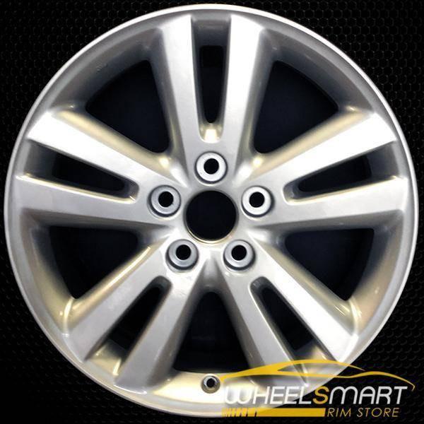 "17"" Toyota Highlander OEM wheel 2006-2007 Silver alloy stock rim ALY69478U20"