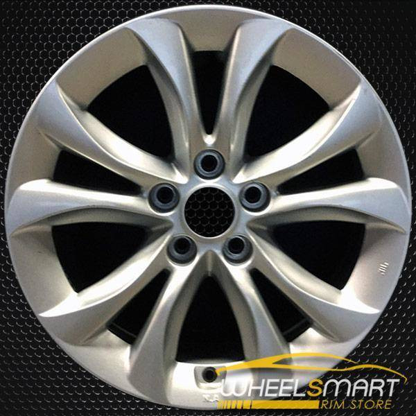 "17"" Hyundai Genesis OEM wheel 2012-2014 Silver alloy stock rim ALY70825U20"