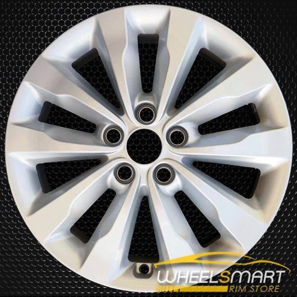 "18"" Kia Sedona OEM wheel 2015-2018 Silver alloy stock rim 52910A9220"