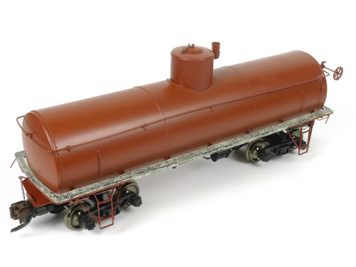Spectrum By Bachmann G Scale Model Trains Painted, Unlettered - Oxide Red - Frameless Tank Car