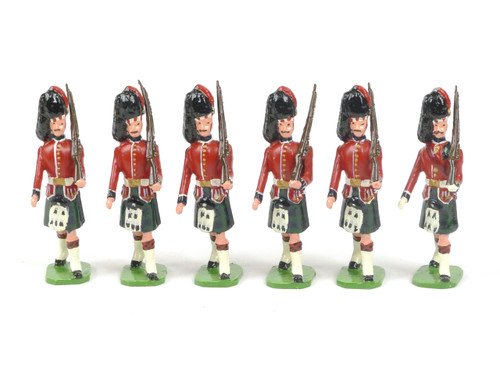 Ducal Toy Soldiers 177B Black Watch Royal Highland Regiment Marching with Sergeant