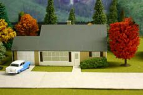 Imex 6114 HO Scale Levittown Jubilee House