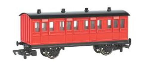 Bachmann 76038 HO TTT Red Coach
