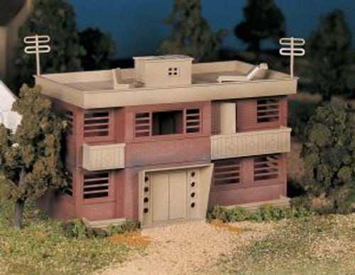 Bachmann 45980 O Scale Apartment Building