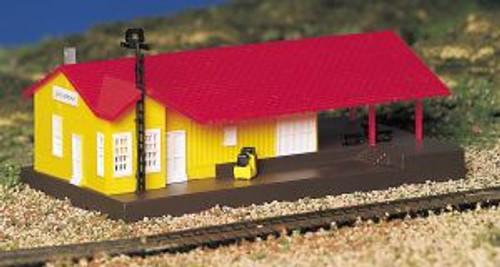 Bachmann 45907 N B/U Freight Station