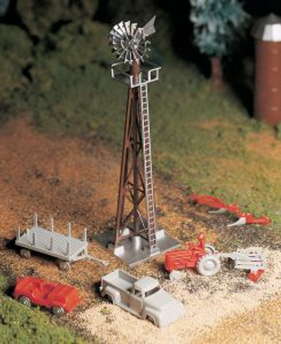 Bachmann 45603 O Windmill w/Farm Machinery