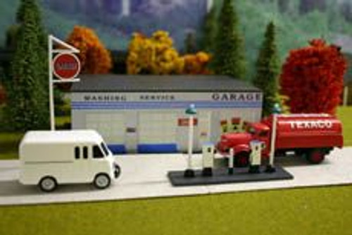 Imex 6107 HO Scale Gas Station