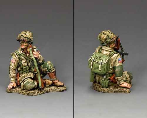King & Country DD248 Sitting Tommy Gunner American D-Day