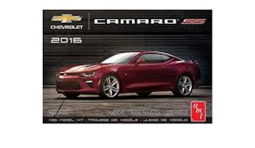 AMT Model Kits 978 1/25 2016 Chevy Camaro SS