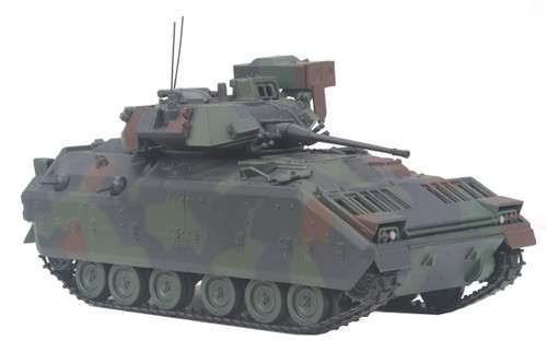 MTH Trains 23-10001 M2 Bradley Fighting Vehicle 1/48 Scale