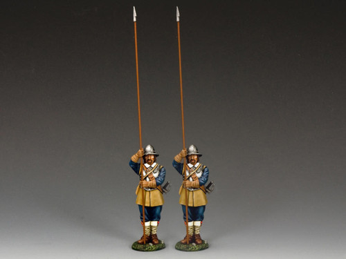 King & Country PnM-S07 Pike And Musket Two Standing Pikemen Royalist