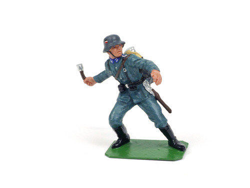 Alymer Military Miniatures A-225/H German Infantry Soldiers in Action Modern Series