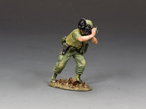 King & Country Soldiers VN091 Vietnam War Stars N Stripes Combat Cameraman
