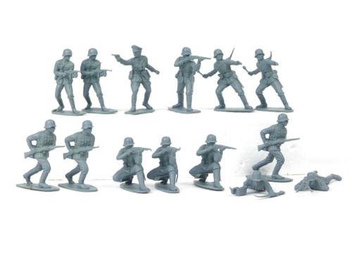 TATS 54mm German Infantry World War II Plastic Toy Soldiers Figures Gray