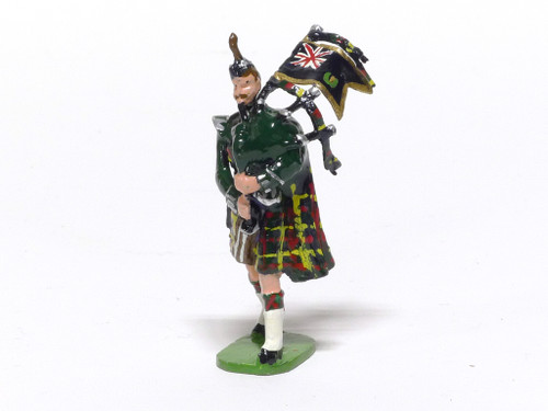 Ducal Military Figures 12 The Queen's Own Cameron Highlanders Piper